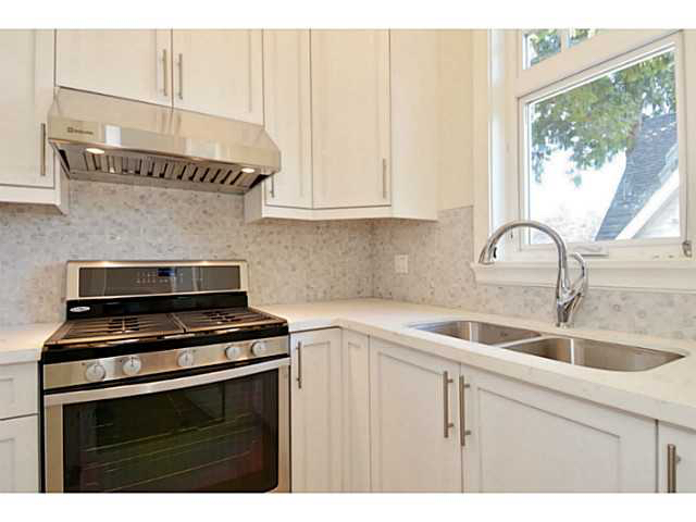 Elizabethsheppardblog for Benjamin moore oxford white kitchen cabinets